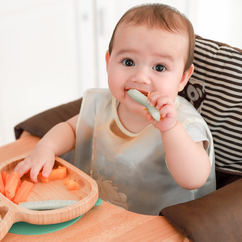 N'ayez plus peur de faire manger des morceaux à bébé