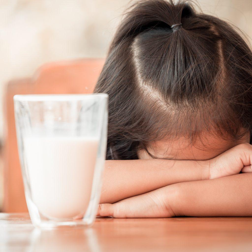 Mon enfant déteste le lait… par quoi le remplacer ?