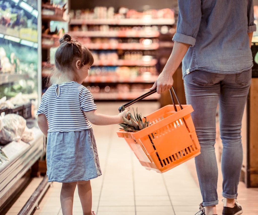 Virée shopping avec un enfant : le truc à ne surtout pas faire !